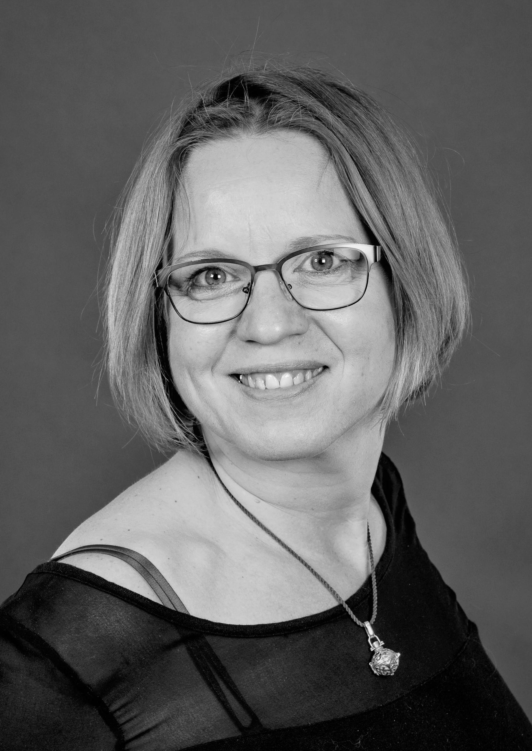 Maren Fromm ist Coach und Heilpädagogin bei Narz mich nicht®