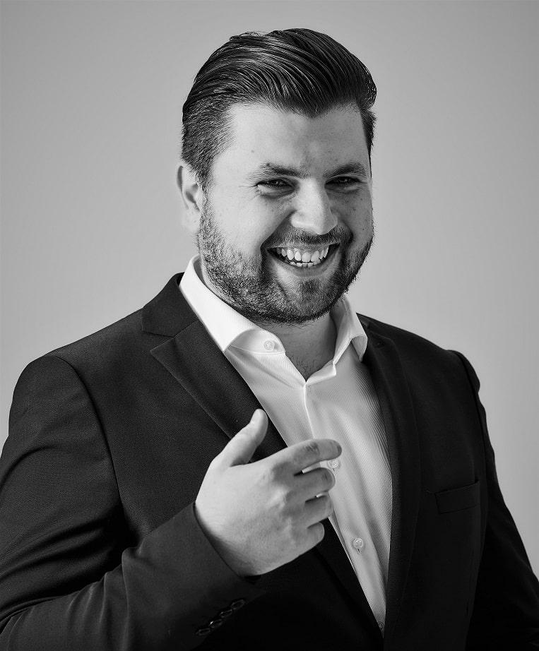 Milos Rakic - Profiler in Linz (Österreich)